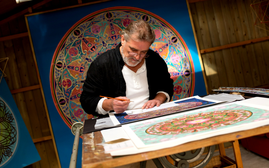 Stephen Meakin uses flower of life design under painting